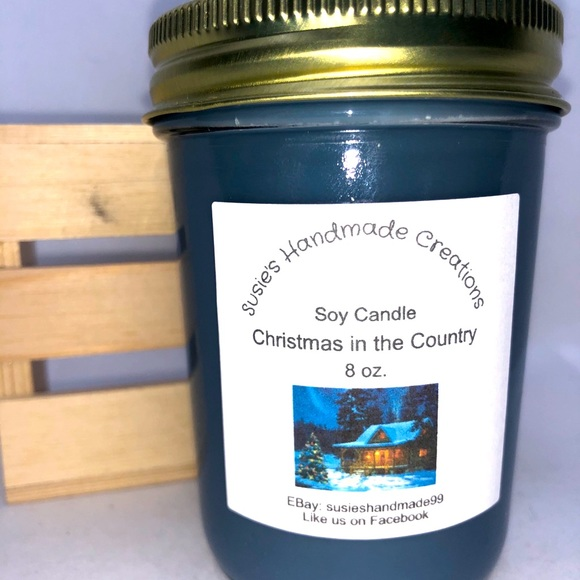 Hand poured highly scented Soy candle